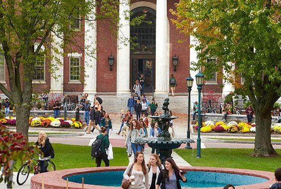 SHBA, kriteret për bursa studimi pasuniversitare dhe për doktoraturë. Afatet për aplikim, dokumentet dhe degët ku mund të studioni, Osman Dedja/SCAN, 09/04/2017