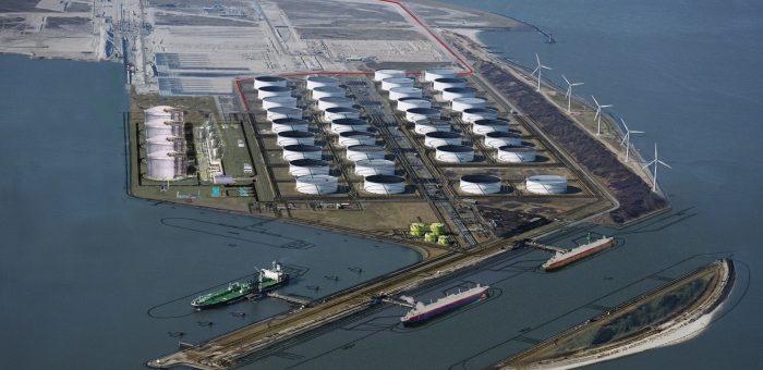 Një tjetër port karburantesh në Porto Romano, AIDA, 20/04/2017