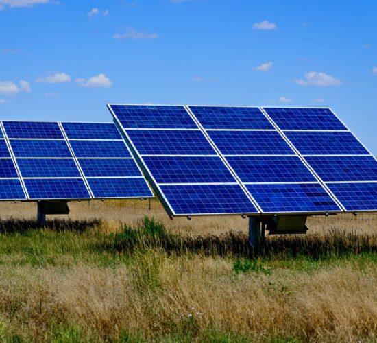 Energjia nga dielli, qeveria garant për blerjen, Botuar nga Top Channel me 17 Korrik 2017